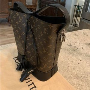 Louis Vuitton Rare NN 14 Idole Noir GM